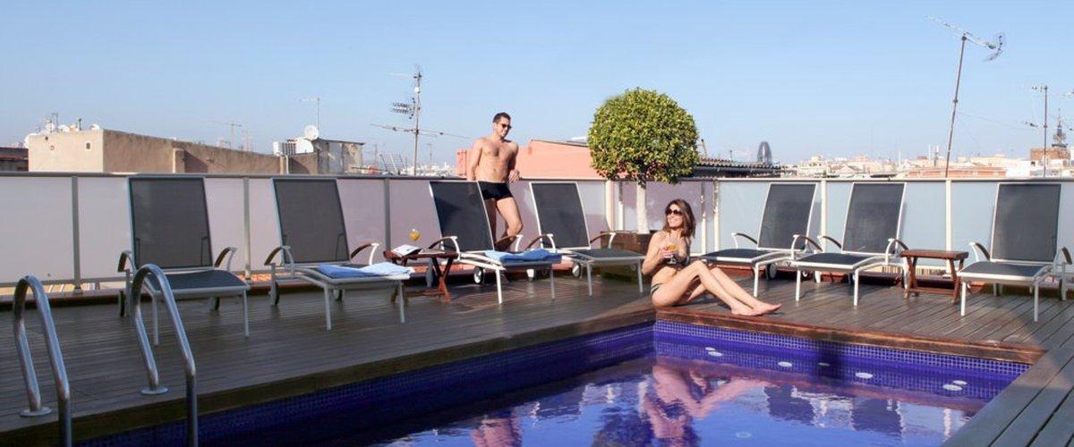 PISCINA EXTERIOR Hotel Ciutat Barcelona